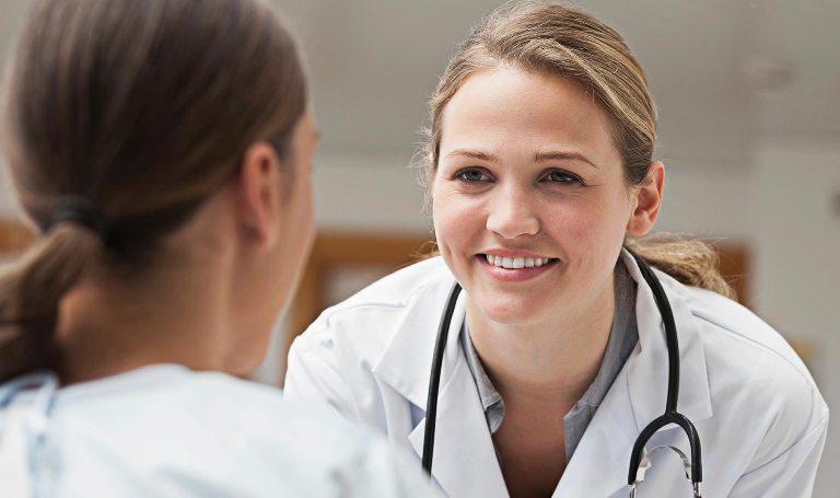 Пациент общается с доктором