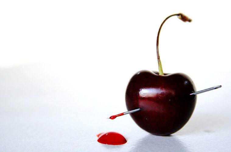 прокол иголкой вишни