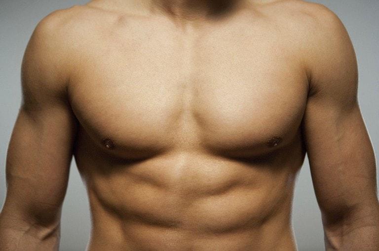 Красивая мужская грудь