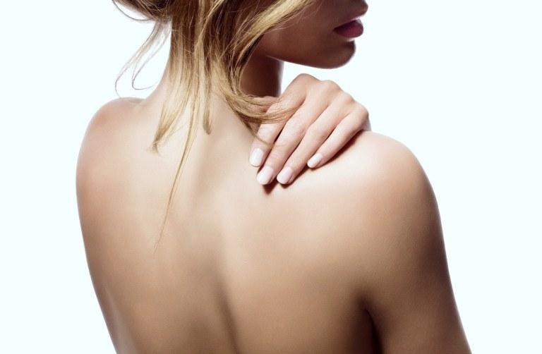 Женщина спиной