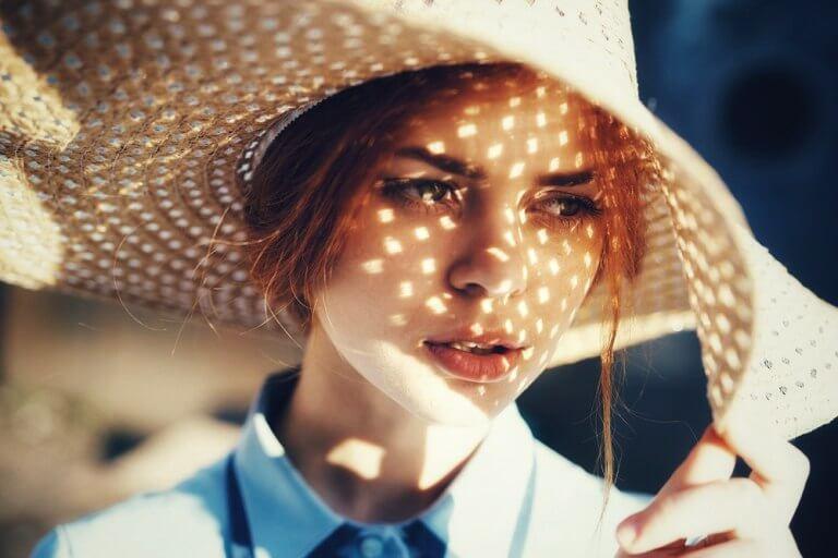Тень от шляпы