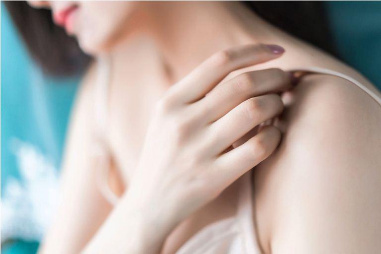 Рука на плече