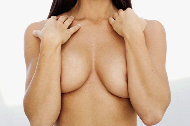 Женские груди