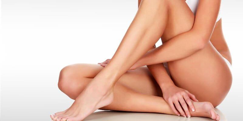 Оголенное тело женское