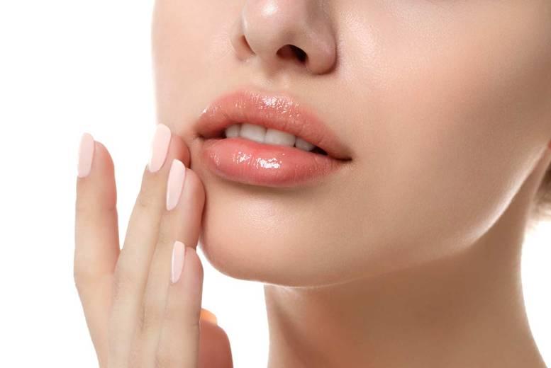 коррекция губ эффект