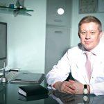 Сергеев пластический хирург в кабинете