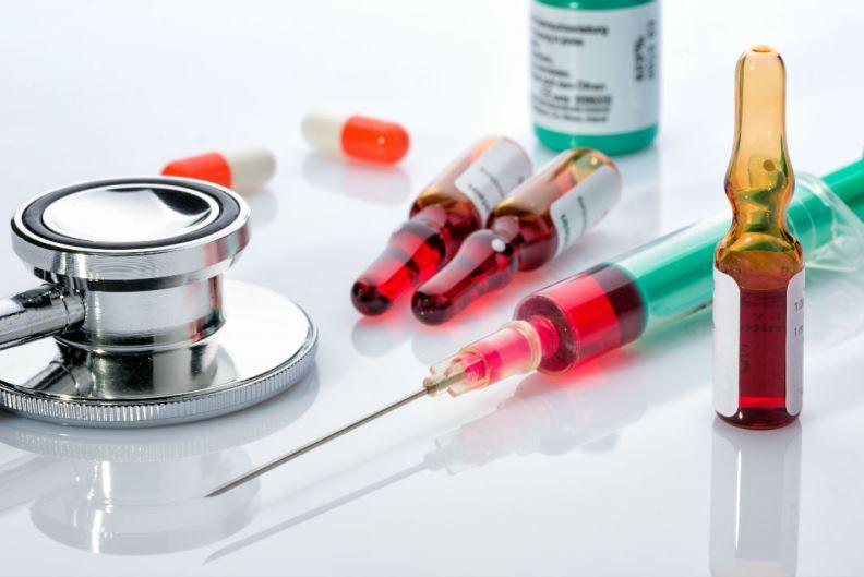 Уколы от герпеса и стетоскоп