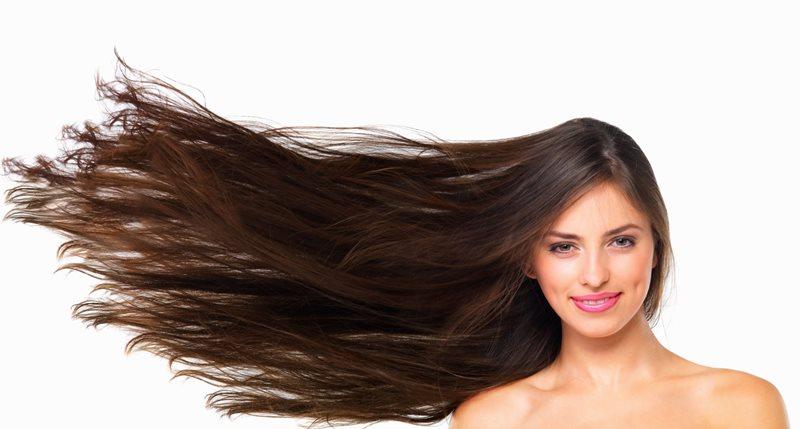 Длинные волосы разлетаются