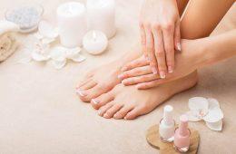 Женские ноги и руки