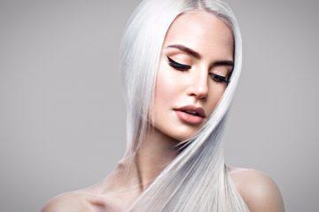 Белые волосы