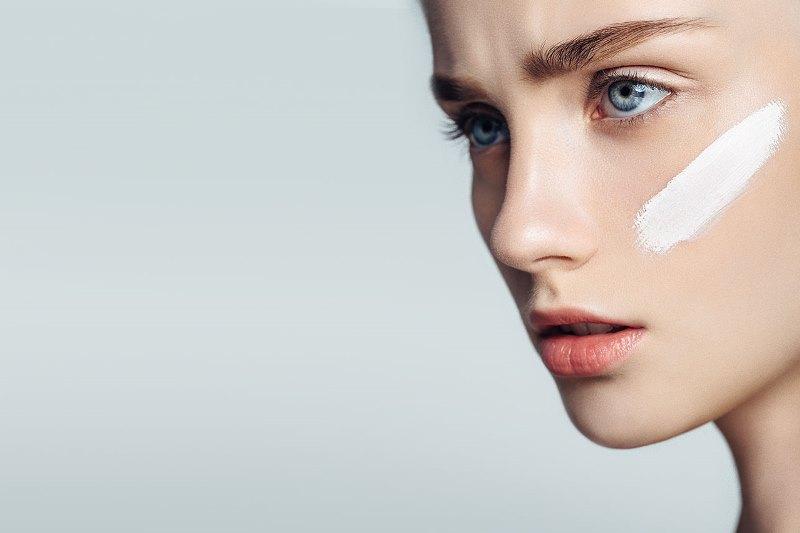 Гепариновая мазь для лица: нанесение