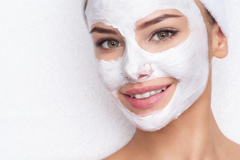 Удаление шрамов на лице с помощью пилинга